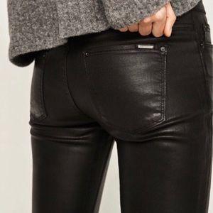 Zara Black Coated Denim Skinny Jeans, 4 🖤 (NWOT)